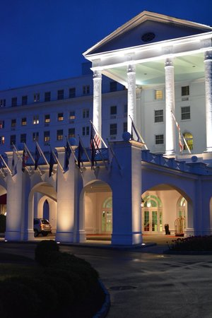 The Greenbrier: The Grand Entrance