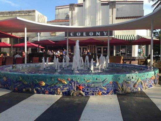 Lincoln road mall strip in fl