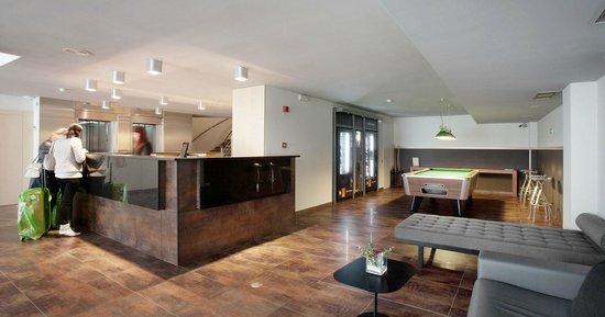 Onix Fira Hotel: Hall