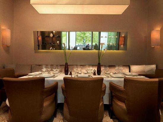 Park terrace restaurant lounge and bar modern european for Terrace 45 restaurant