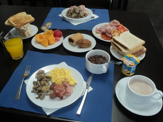 Agua Hotels Riverside: Breakfast buffet