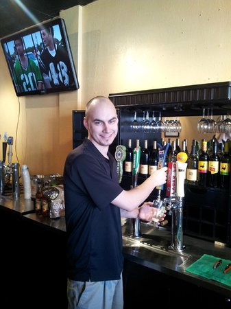 Hammerheads Beer and Wine Bar: Mark, one of the owners