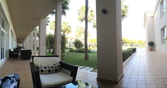 Valentin Sancti Petri Hotel Chiclana: Zona chill out