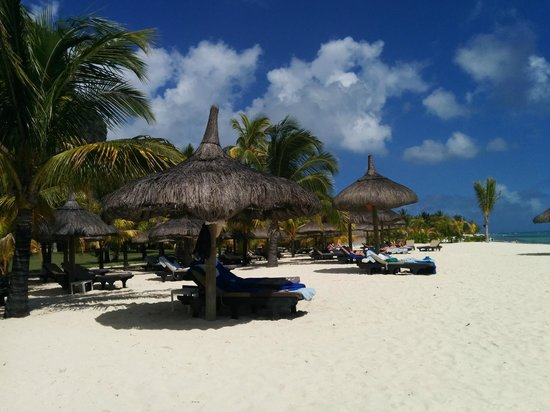 Dinarobin Beachcomber Golf Resort & Spa: Beach