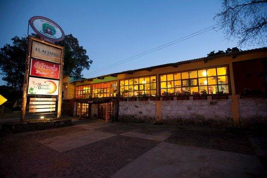 El Duende Restaurant Bar