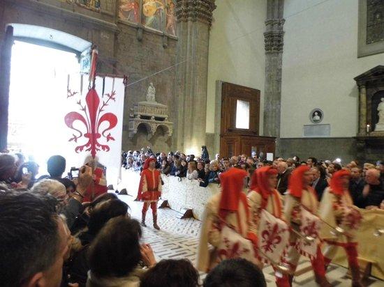 Duomo - Cattedrale di Santa Maria del Fiore: Scoppio del Carro
