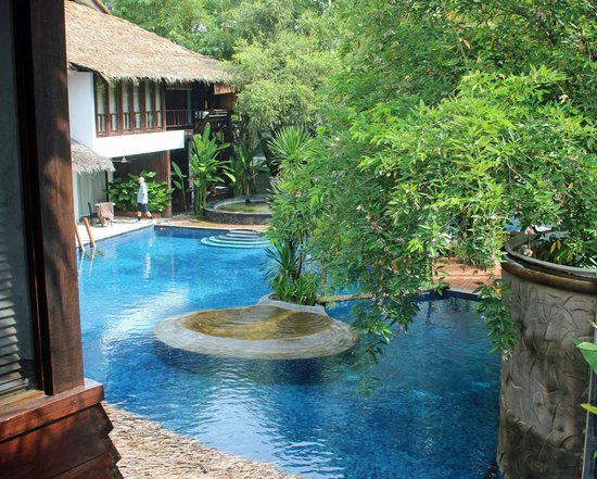 Villa Samadhi: Pool from upper bedroom