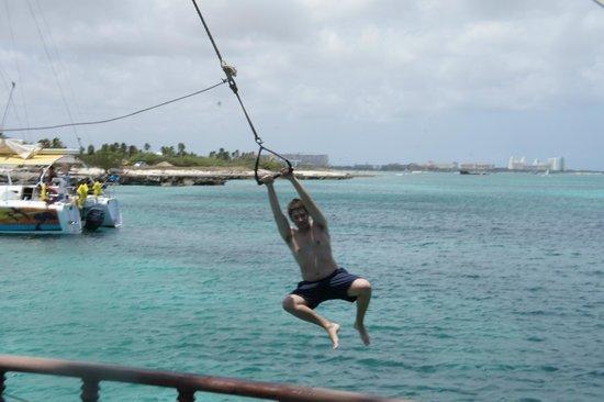 Jolly Pirates Cruises : Let go now!!