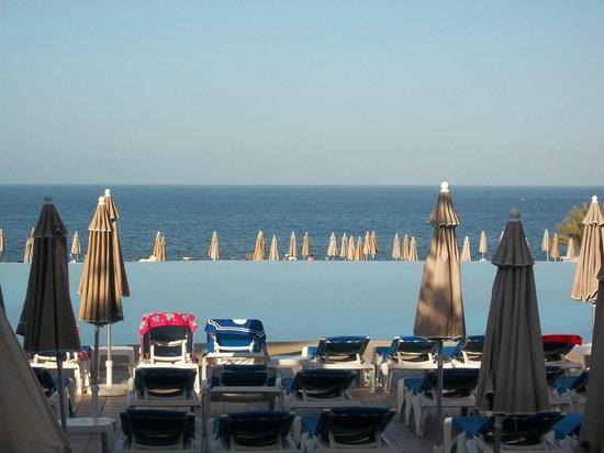 ClubHotel Riu Buena Vista : piscine à débordement