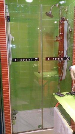 JC Rooms Puerta del Sol: DUCHA HIDROMASAJE