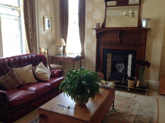 Edwardene Hotel: Geusts Lounge