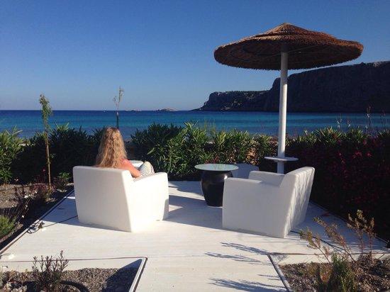 AquaGrand Exclusive Deluxe Resort: Art garden