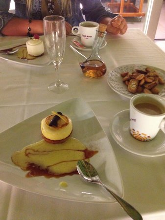 Restaurante Amar: Desserts and cookies