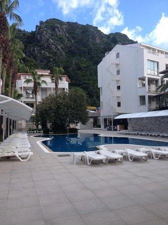 Mirage World Resort Hotel: taken from pool bar