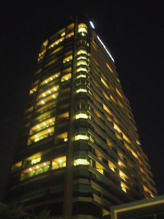 Cape Dara Resort : Hotel building