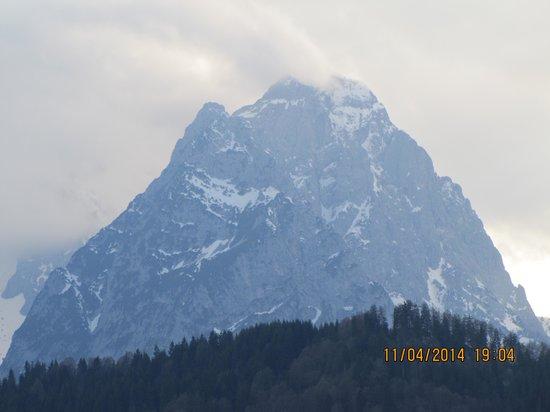 Zur Schönen Aussicht (Hotel Garni): Mountain's pick from the room