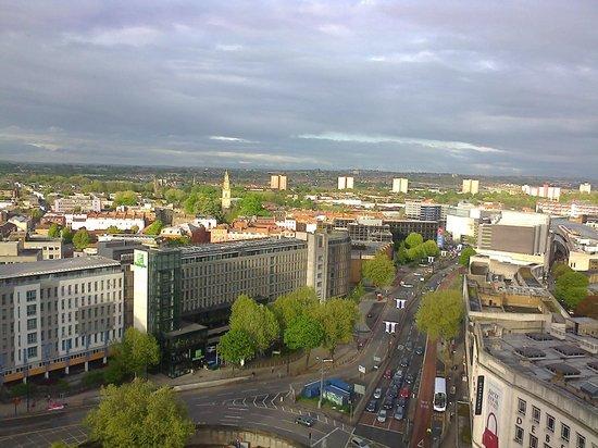 Premier Inn Bristol City Centre (Haymarket) Hotel: View from the 17th floor.