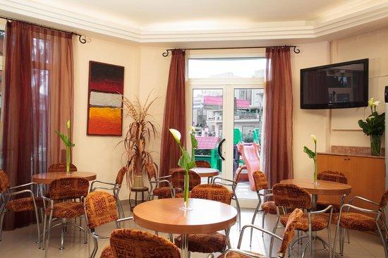 Hotel Gaia: sala TV