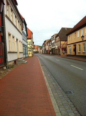 Mercure Hotel Schloss Neustadt-Glewe: Main street