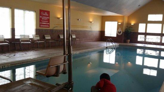 Residence Inn Atlantic City Airport Egg Harbor Township : Indoor Pool