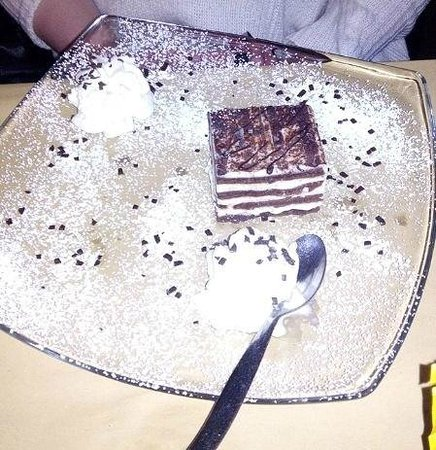 London Pub: Cioccolato bianco e nero! Buonissimo!