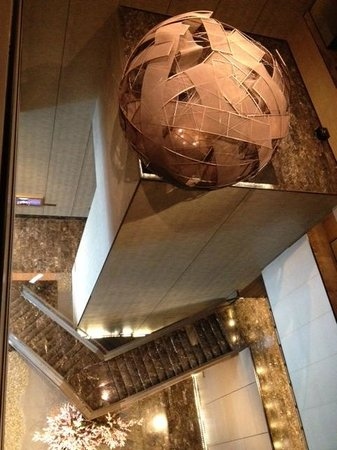 The Okura Prestige Bangkok: Top view of lobby area outside the room