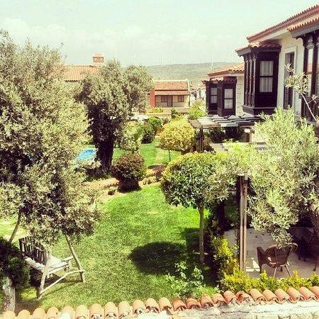 Imren Han Hotel & Mansions: lovely garden