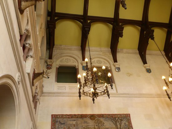 Warner Leisure Hotels Thoresby Hall Hotel: Sometimes you can't believe you're lounging in a stately home
