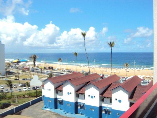 Bahiamar Hotel : desde la terraza del hotel...la vista es de la praia de alah