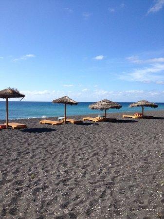 Samson's Village: Пляж в двух минутах ходьбы от отеля