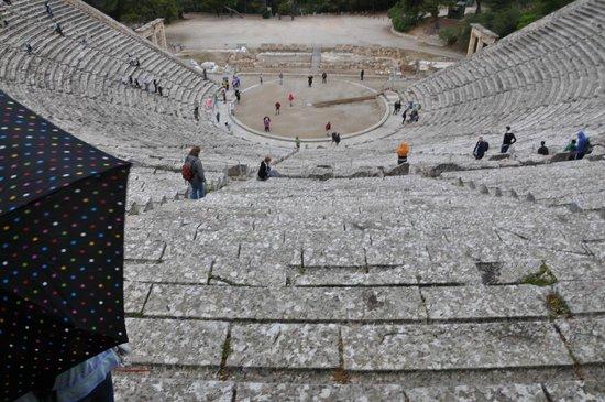 Théâtre d'Épidaure : Epidaurus Theater from back row