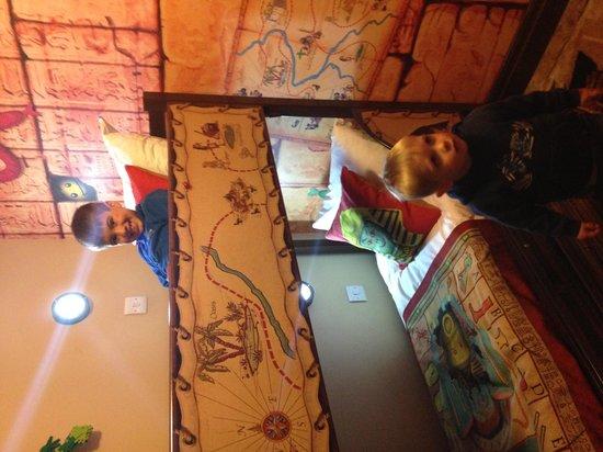 Legoland Windsor Resort Hotel: Kids room