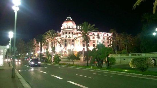 Hotel Negresco : Night view