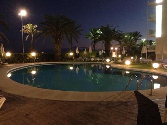 Hotel Subur Maritim : la piscine