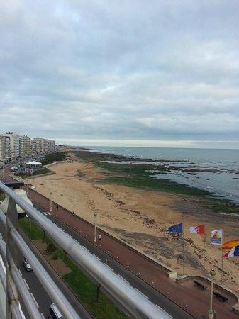 Atlantic Hotel & Spa : plage en contrebas