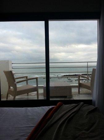 Atlantic Hotel & Spa : terasse assez grande pour en profiter, mais garre au vent !