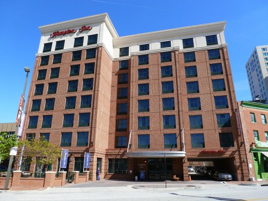 Hampton Inn Baltimore-Downtown-Convention Center: Fachada do hotel