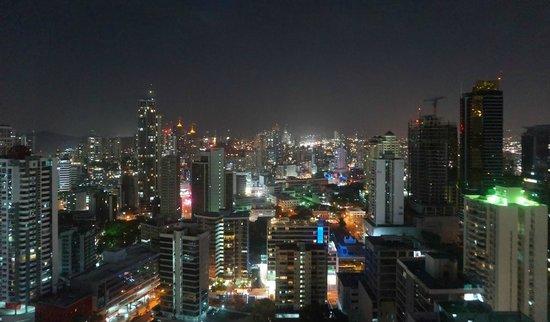 Hotel Riu Plaza Panama: Ausblick bei Nacht