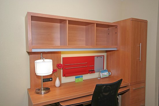 TownePlace Suites Aiken Whiskey Road: Home Office