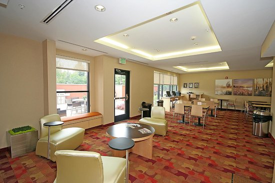 TownePlace Suites Aiken Whiskey Road: Lobby