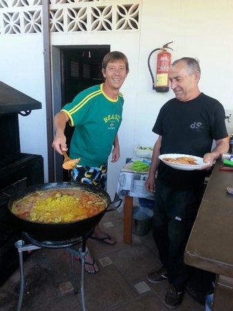 Casas Rurales La Molineta de Guaro: Paella masters