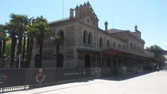 Estación del Ferrocarril: Estación de Ferrocarril de Toledo