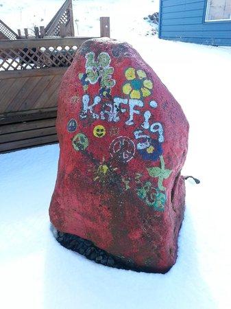Kaffi 59 : the tiny rock hidden behind