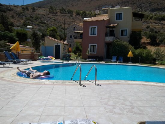 Petra Village Apartments: Just chillaxing what everyone needs!