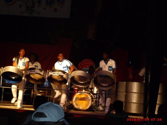 Sunscape Splash Montego Bay : Steel Drum Band at the Beach Party