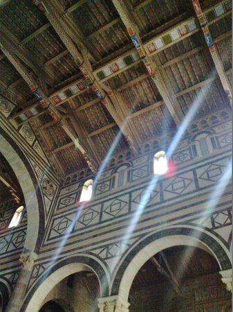Basilica San Miniato al Monte : Interno basilica