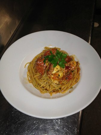 Paradiso: Lobster Linguine