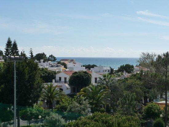 Alfagar II Aparthotel: Vue de la chambre