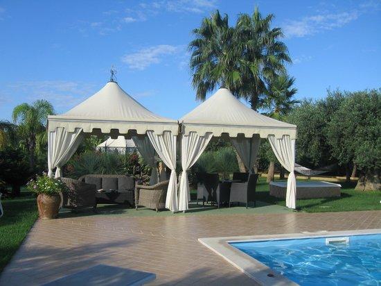 Villa Sogno Charme e Relax Selinunte: GARDEN SITTING AREA