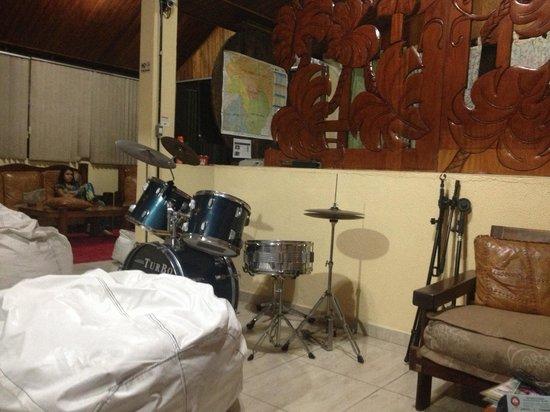 Mooca Hostel Atlântica: Sala de recreación musical